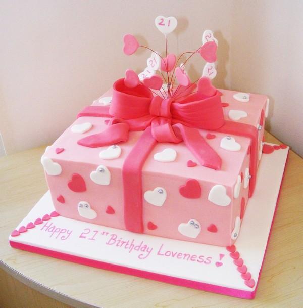 торт в виде подарка