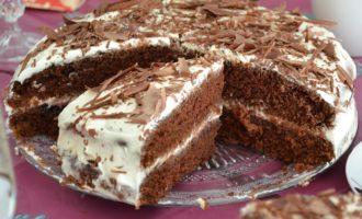 Торт с кефирным кремом