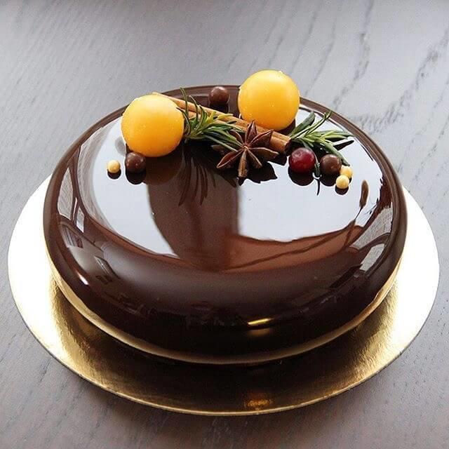 Муссовый торт с манго и шоколадом