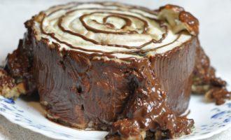торт трухлявый пень